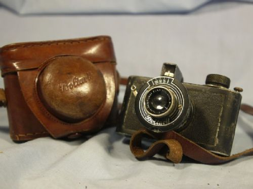 '    1936 Boltavit Cased #S66 -RARE NICE SET- ' Boltavit -Photovit- Vintage Camera c/w Original Leather Case -RARE NICE SET- £149.99